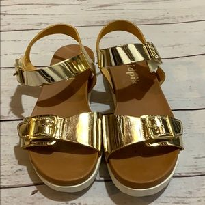 Girls gold sandals size 2